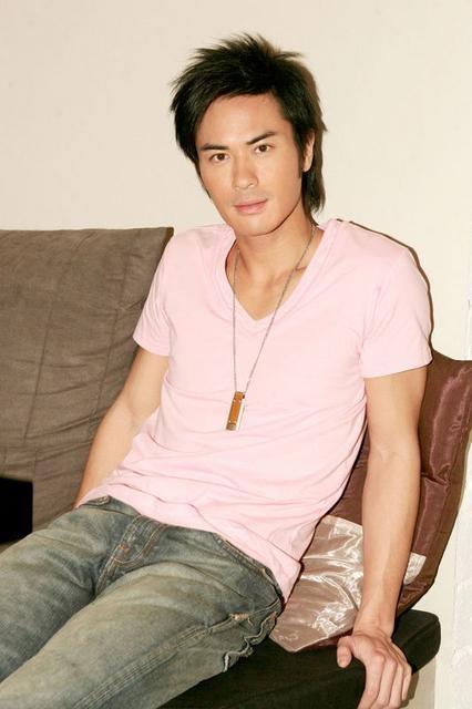 Hongkong TVB artist Kevin Cheng (17)