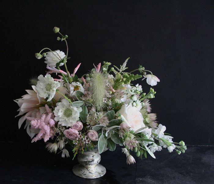 Best 25 Altar Flowers Ideas On Pinterest: Best 25+ Vase Arrangements Ideas On Pinterest