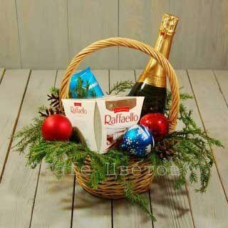 Выбрать корзину с подарками