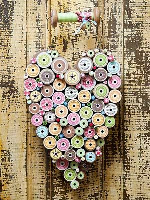 wooden thread spool crafts - hearted