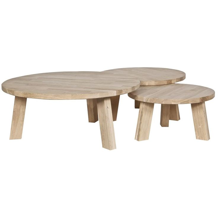 De Woood Rhonda ijzettafel is een prachtig tafeltje, gemaakt van hout. Een ideaal meubel voor bij de bank of de fauteuil. Het ronde model zorgt voor een warme, knusse uitstraling. Prachtig in combinatie met vazen, kaarsen of een dienblad met servies.