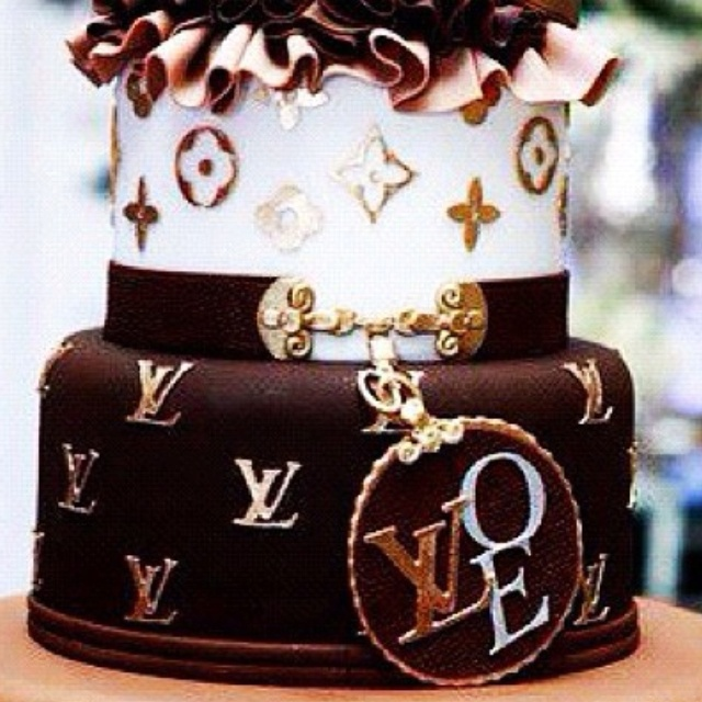 louis vuitton cake 17 best images about birthday cake on birthday 5605