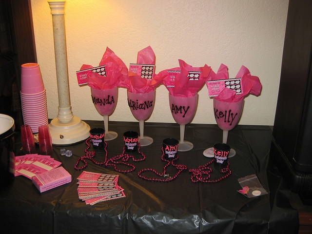 Color Themed Hens Party Is Also A Good Option