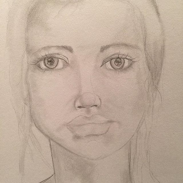 Just #drawing tonight. #drawingoftheday #portrait #sketch #sketchbook #sketching #sketches #instasketch #graphite #pencil #lykkeligkreativ #raffine #tegning #skisse #quicksketch #face #dailypractice #practice #practicemakesperfect #learningtodraw