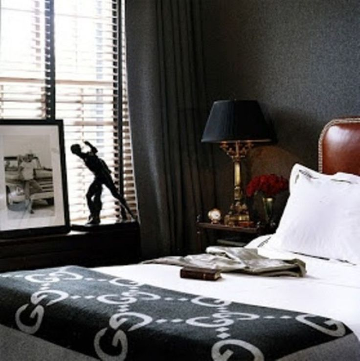 Masculine Master Bedroom: Best 25+ Masculine Bedrooms Ideas On Pinterest