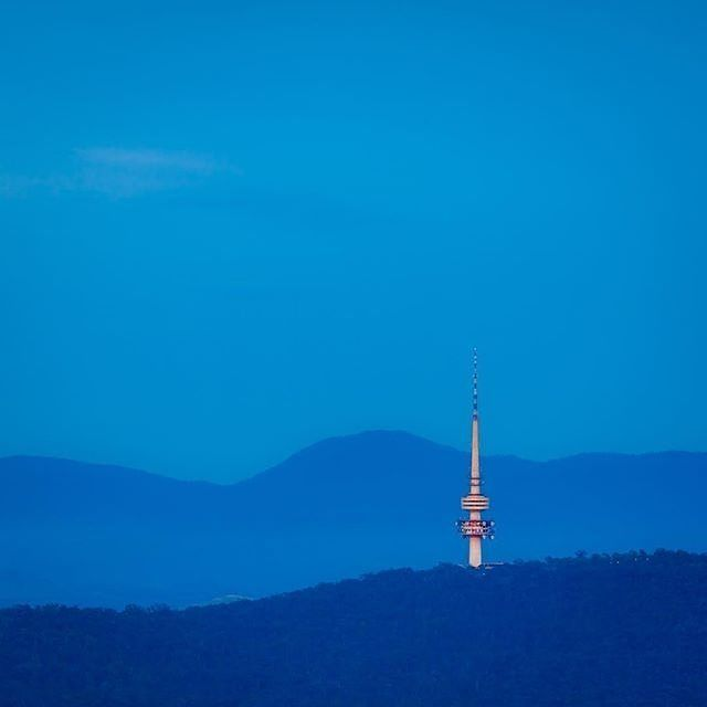 "Instagrammer @russellcharters captured this impressive image of Telstra Tower and the Brindabella Range at the ""blue hour"" during a Canon Collective Photographic Festival Canberra workshop. Where do you like to take stunning scenic shots in @Australia's capital? #visitcanberra #onegoodthingafteranother"