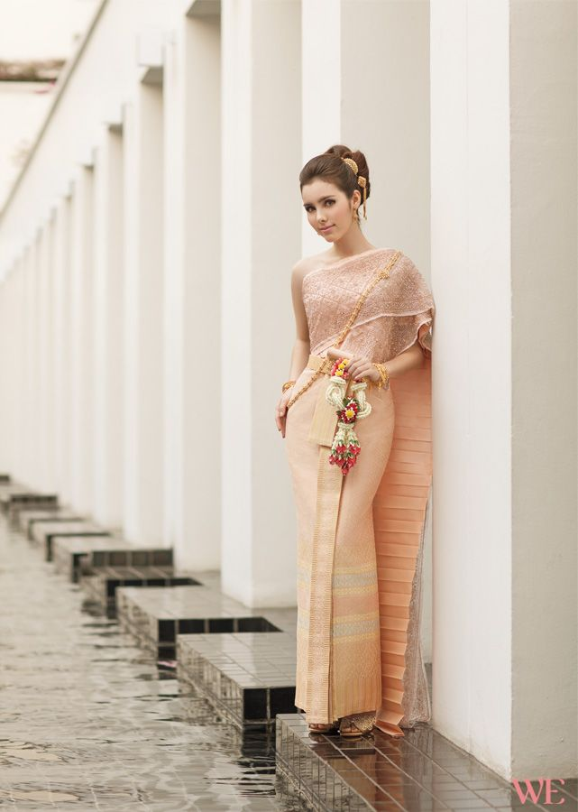 Traditional Thai Wedding Dress from Fullrich Shop