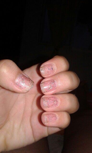 Brillo para fortalecer las uñas