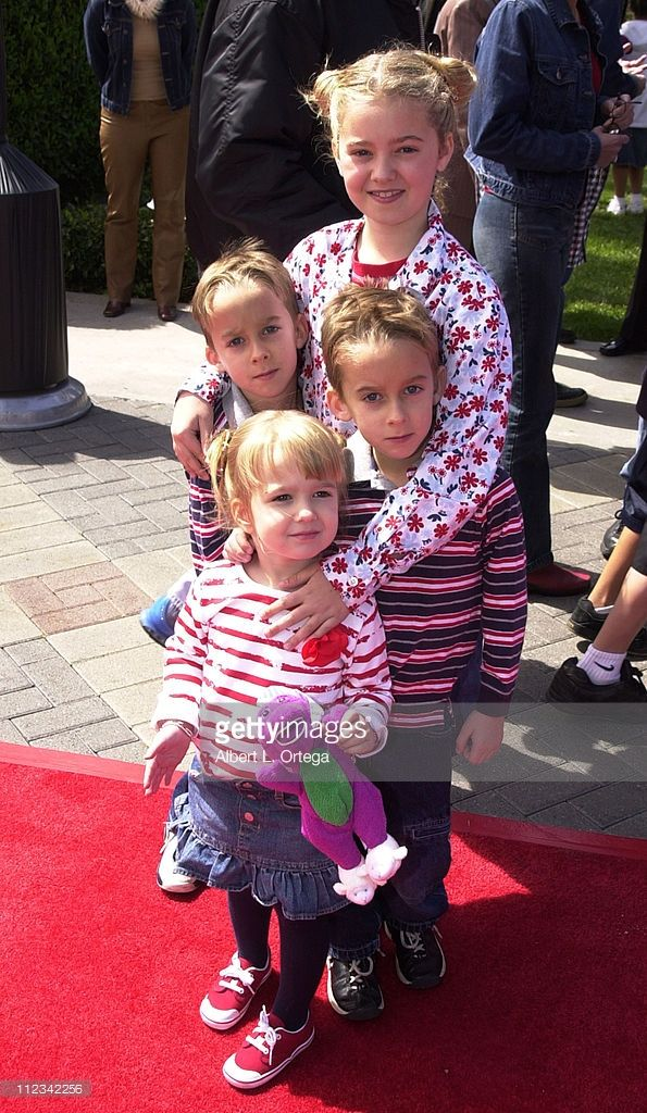 Actors Sawyer Sweeten, Madylin Sweeten and Sullivan Sweeten attend the 8th Annual TV Land Awards held at Sony Studios on April 17, 2010 in Culver City, California. Description from gettyimages.co.uk. I searched for this on bing.com/images