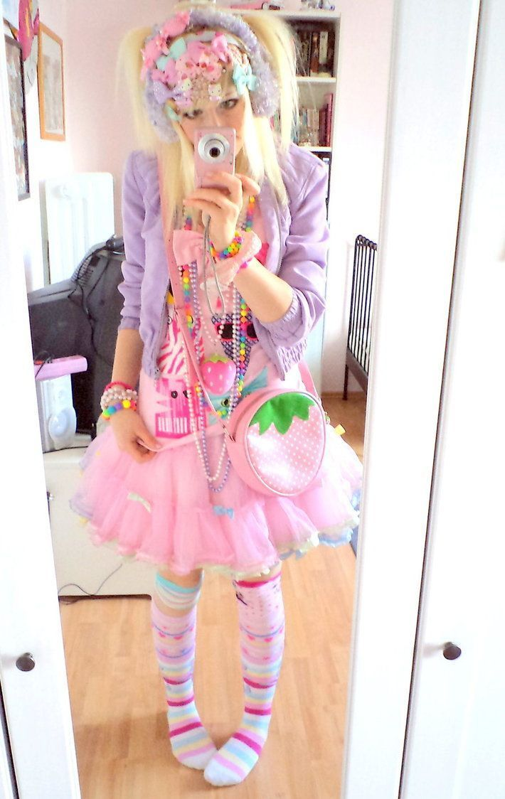 Harajuku street fashion | Decora/Fairy kei fashion Girl