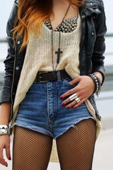 What To Wear To A Concert This Summer, minus the bra. Ouch!