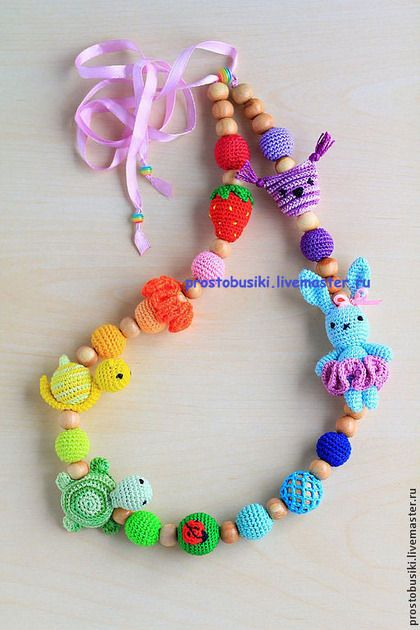 #rainbow #crochet #necklace