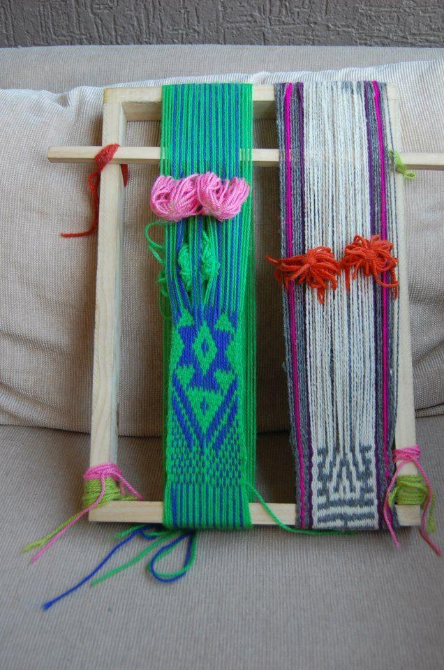 Tejidos en telar Mapuche hechos por mis alumnas, ñimikan y laboreo en peinecillo