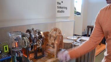South Gallery: Tinkering | Exploratorium