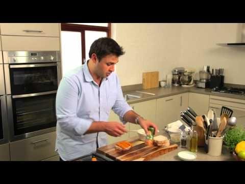 Sacla' fish finger sandwich with pesto recipe