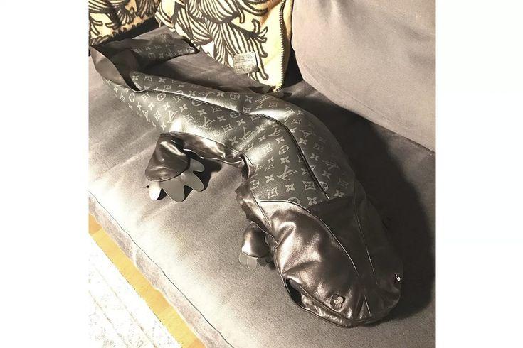 fragment design x Louis Vuitton には実物大のオオサンショウウオのぬいぐるみもラインアップ?