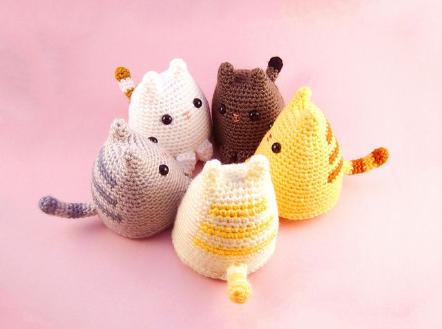 The designer behind these lovely crocheted dumpling kittens is Sarah Sloyer. She has written very detailed instructions on how to crochet the little cat. In addition, she has also included a great photo tutorial as well as a video tutorial on how to attach the ears to the kitten.  Get started to have a cute