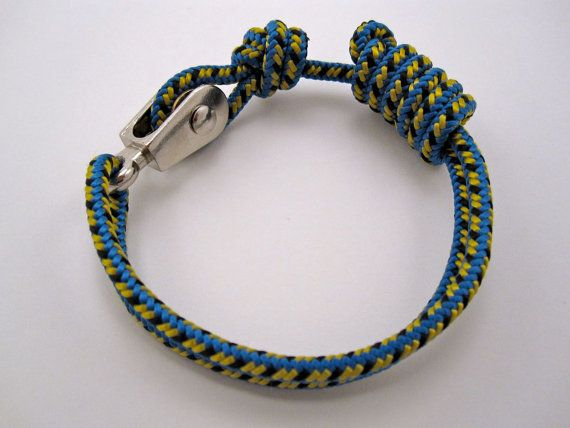 Paracord Bracelet with Pulley