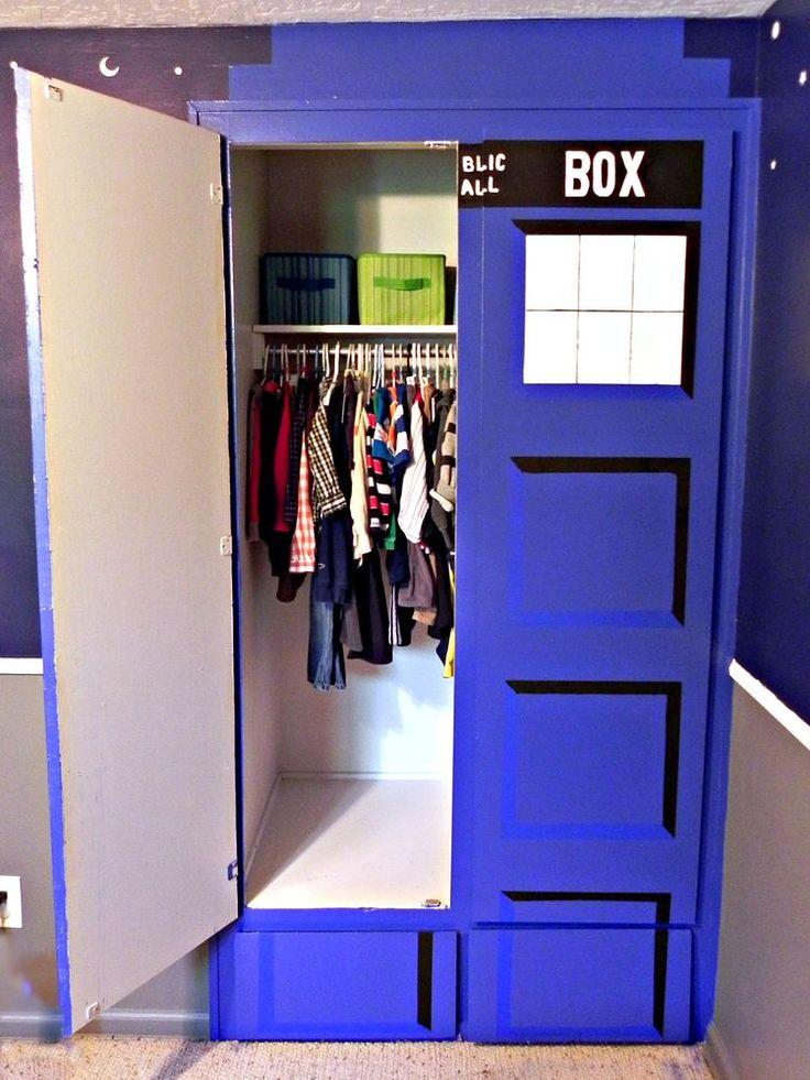 Best 25 geek bedroom ideas on pinterest nerd bedroom for Geek bedroom ideas