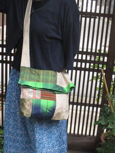 着物リメイク斜め掛けバッグ☆シンプルな洋服にキュート♪   iichi(いいち)  ハンドメイド・クラフト・手仕事品の販売・購入
