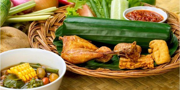 Lalapan Hidangan Sunda | Tango Wafer Renyah