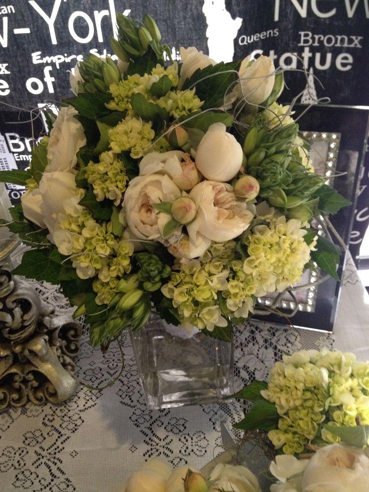 Fine Champagne Bridal Bouquet by Bonnie's Bits & Blooms Email: bonniessbitsandblooms@hotmail.com