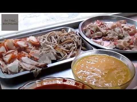 Ẩm Thực Bốn Phương - Món ăn đường phố Việt Nam [Bánh xèo - bánh mì] | VI...