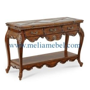Meja Konsol Jati Model Klasik merupakan produk meja dari mebel jepara dengan desain klasik. produk ini dilengkapi ukiran khas jepara yang indah serta dilengkapi dengan 3 laci. meja konsol ini kami produksi dengan bahan dasar kayu jati perhutani yang berkualitas.