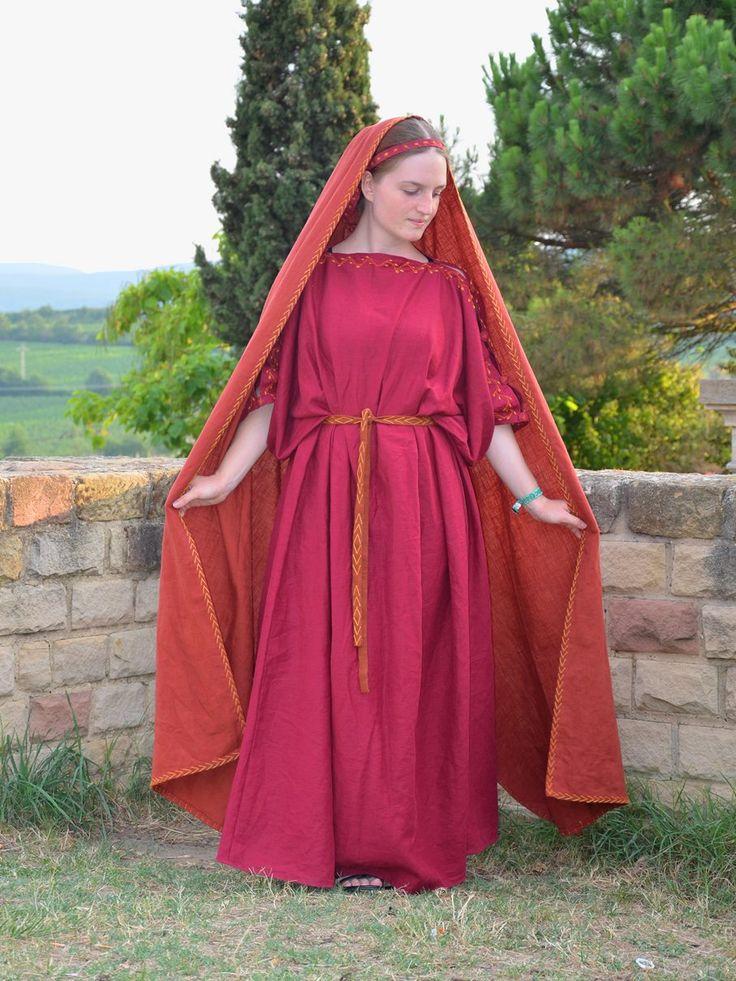 fjalladis.de/faustina Römisches historisches Kleid Roman historical dress Rome series Cosplay Greek Griechisch Antik