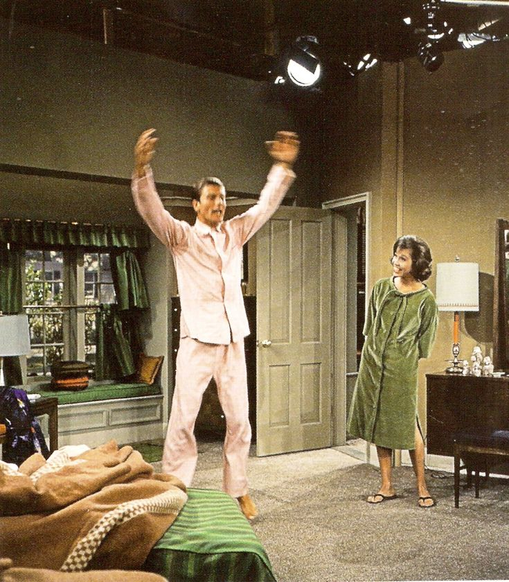 color pictures of the dick van dyke show | The Dick van Dyke Show, Carl Reiner, Sheldon Leonard, John Rich, Jerry ...