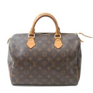1930's - Soon after the Noe Bag, Georges Vuitton introduced the Speedy Bag, (both are still manufactured today). In 1936 Georges Vuitton died, and his son, Gaston-Louis Vuitton, assumed control of the company.