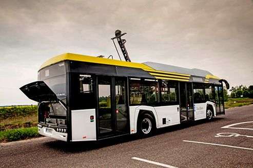In a ceremony at the IAA Commercial Vehicles show in Hannover, the Solaris Urbino—the world's first bus to feature handrails made from antimicrobial copper—has been named Best City Bus of 2017 in the Bus of the Year competition. In addition to its cutting-edge use of copper, the bus is also the first battery-powered vehicle to win this prestigious title.  #SolarisUrbino #Solaris #Copper