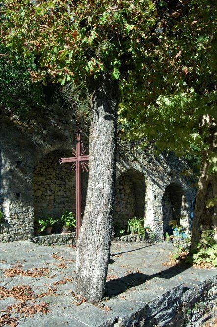 Pigna (IM), Sito della Grotta della Madonna di Lourdes