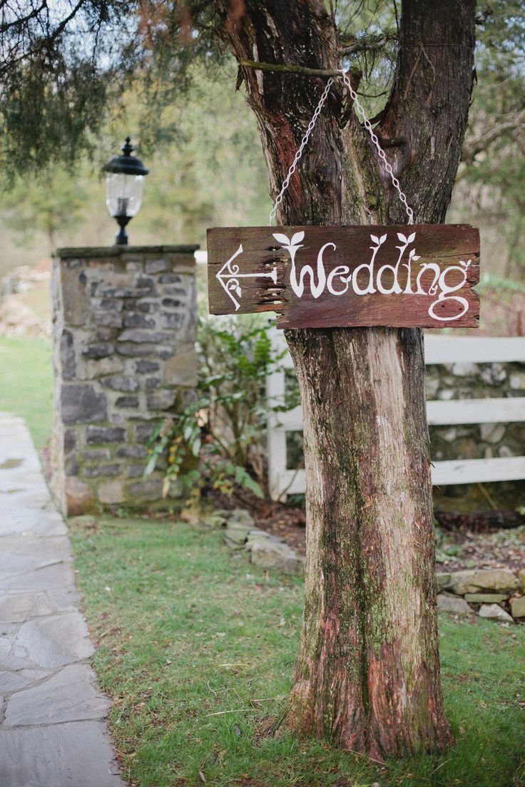 #rustic, #signs  Photography: Kristyn Hogan - kristynhogan.com Event Design, Floral Design +Planning: Cedarwood Weddings - cedarwoodweddings.com  Read More: http://www.stylemepretty.com/2013/04/25/nashville-wedding-from-kristyn-hogan-cedarwood-weddings/