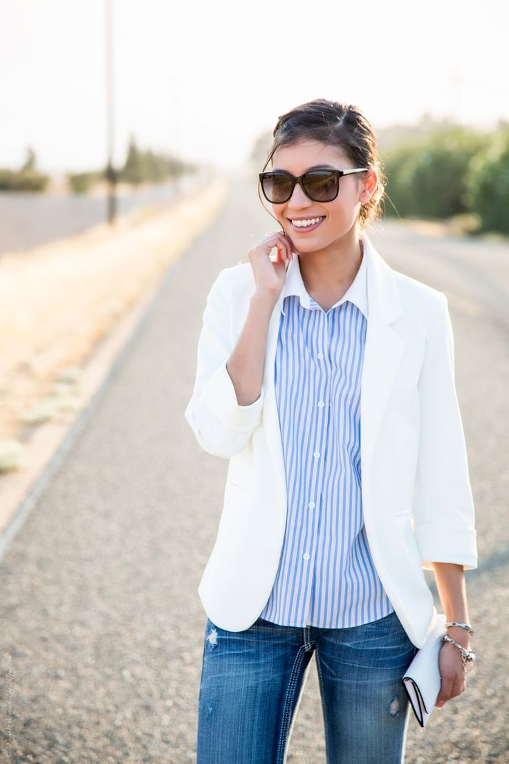 A white blazer can be a fresh addition for your work wardrobe. Wear it with medium-washed denim on casual Friday. Accessorize with nude pointed pumps.
