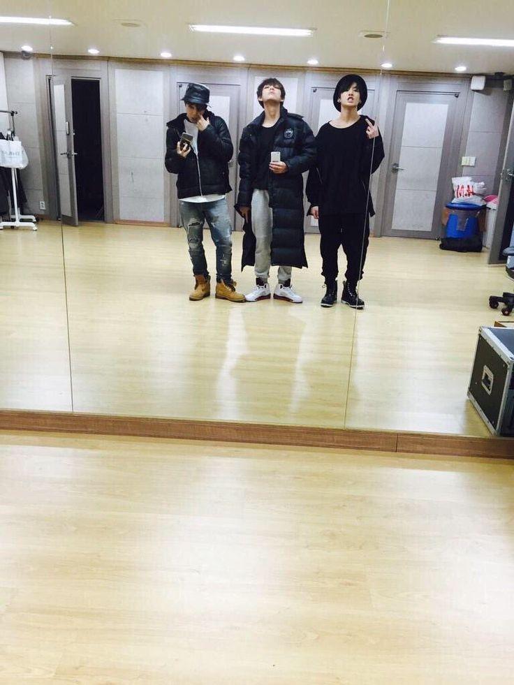 BTS MAKNAE LINE
