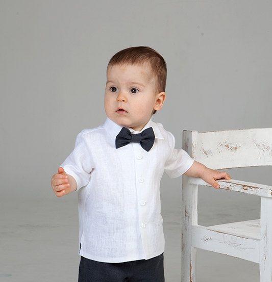 Boy linen shirt bow tie ring bearer outfit baby boy por Graccia, $47.00