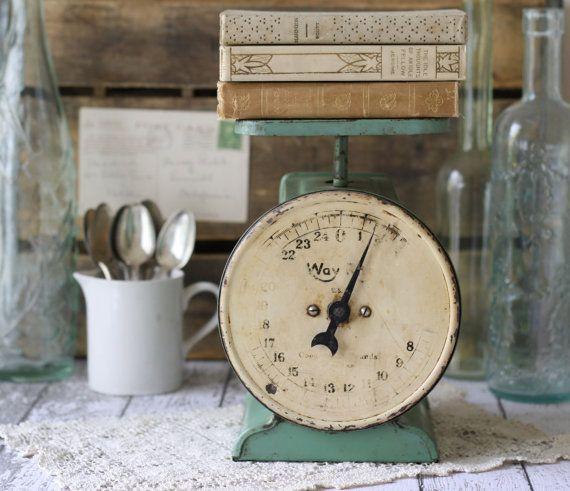 vendemmia verde acqua bilancia da cucina # green # vintage # # alzavola scala