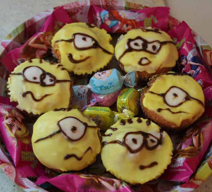 minions cupcakes, despicable me