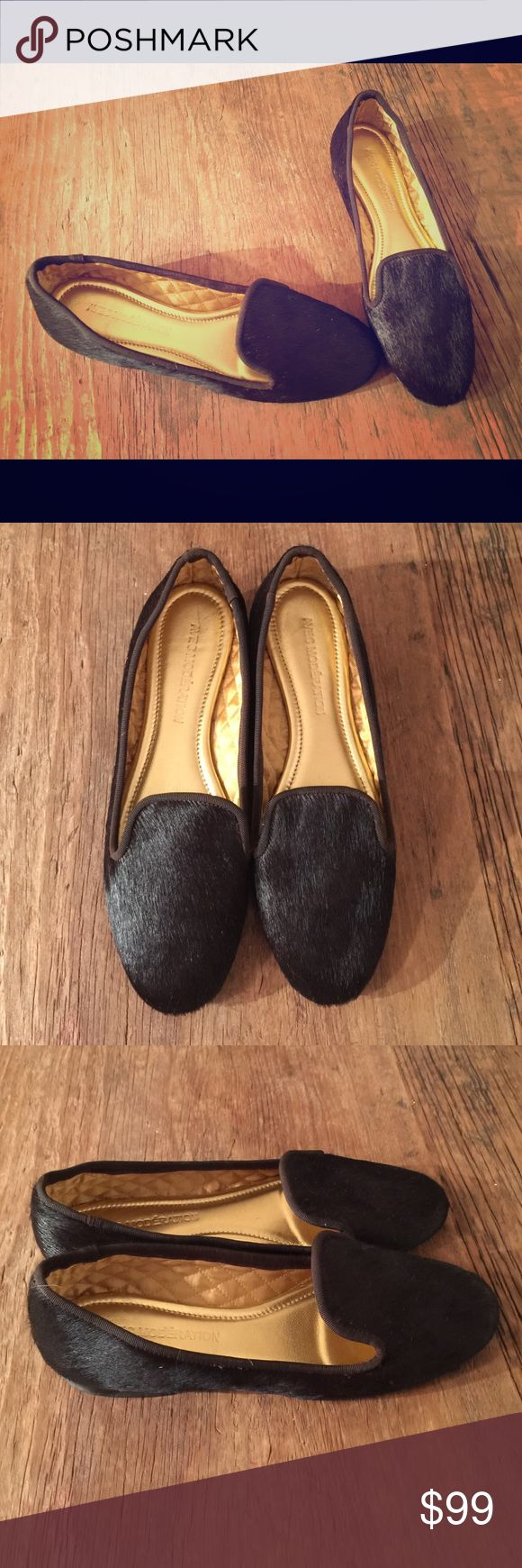 Avec Moderation Moccasins. Size 5 Brown Pony Hair. Size 5.  Brown pony hair.  Worn twice. Leather Sole (few scratches from wearing).  Quilted lining.  Flat heel.  Made in Italy.  Super cute.  Super comfortable.  Feel free to make an offer! Avec Moderation Shoes Flats & Loafers