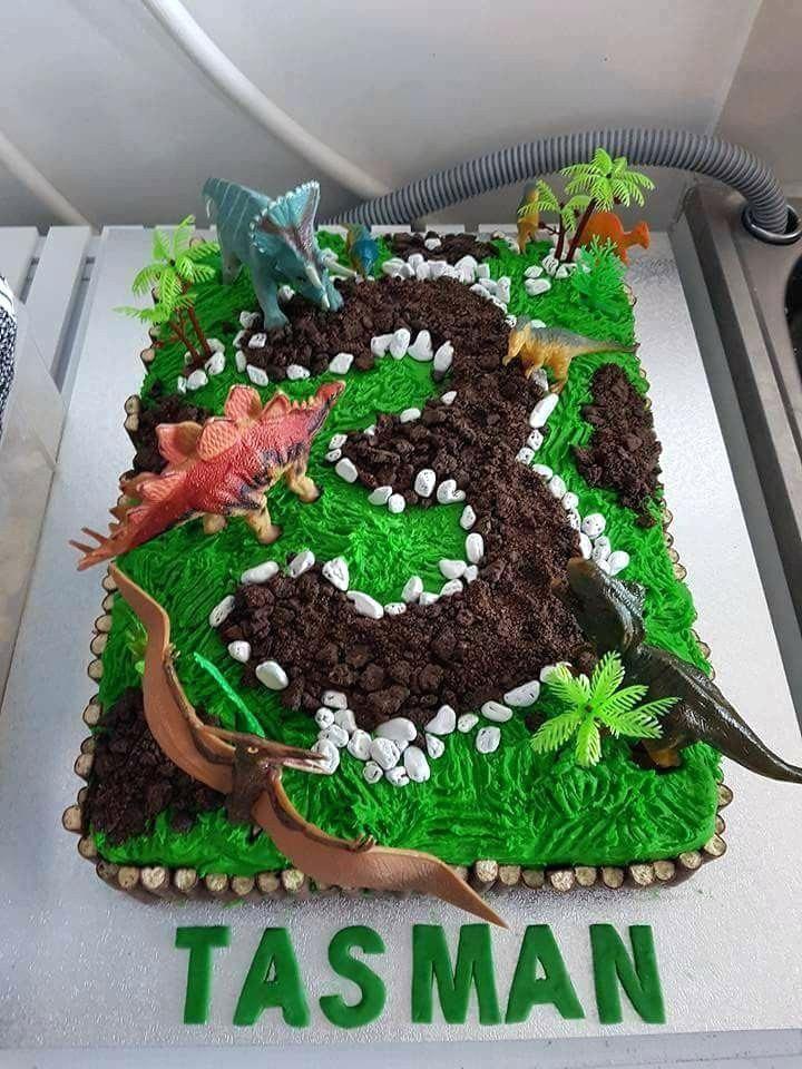 Einfach, Dinosaurier-Kuchen zu machen Inspirierend einfacher Dinosaurier-Geburtstags-Kuchen   – Party Inspiration