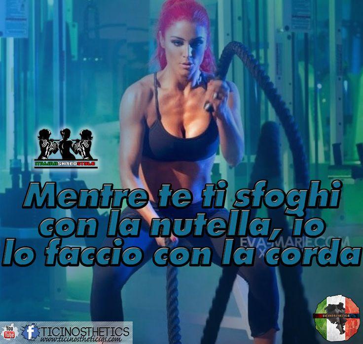 No alla nutella si alla corda!  ItalianShredStyle  Il fitness al femminile. Pagina Facebook: http://ift.tt/28TtDw8 #italianshredstyle #shredstyle #palestrata #malatadipalestra #malatadighisa #passionepalestra #pazzadipalestra #ragazza #ragazzapalestrata #glutei #gambe #squat #palestra #motivazione #motivazionale #ghisa #italia #culturista #fitnessgirl #ragazzafitness #bikini #bikinifitness #ragazze #palestrate #pazzedipalestra #malatedipalestra