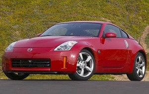 What Edmunds Says: For the money, the 2007 Nissan 350Z is still one of the best performance buys on the market. - Used TMV from $14,891