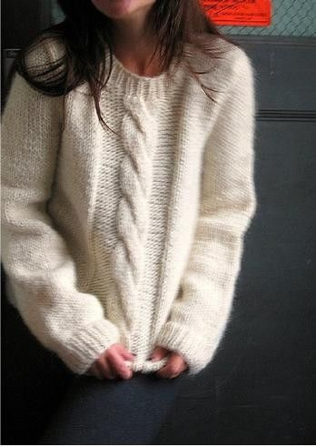 Free pattern : Big Cable Pullover - Istex Alafoss Lopi