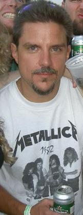 "~RON MCGOVNEY WEARING HIS ""1982"" METALLICA SHIRT~"