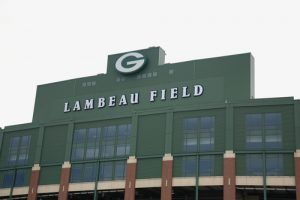 How to Watch the Giants-Packers NFL Playoff Game Live Stream Online