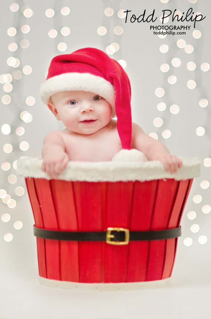 newborn, baby, holiday, christmas, bokeh, lights, photography, santa, hat, basket
