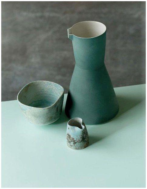Using Ceramic Plates As Wall Decorations Ceramic Pottery Porcelain Ceramics Ceramics