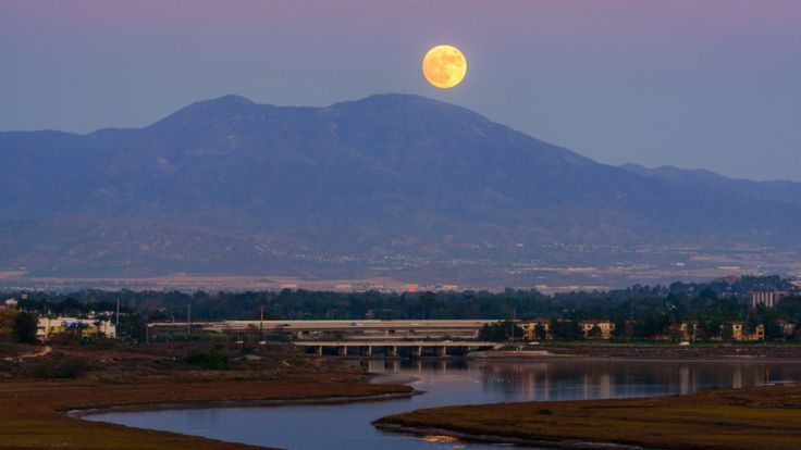 How to Photograph a Moonrise and Moonset #moonrise #moonset #photography #howto #tutorial