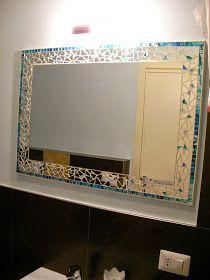 Camera Acquamarina.  Color sabbia e bianco sulle pareti; acquamarina per il letto decorato con foglia-argento.